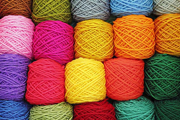 Thread spools of different colors