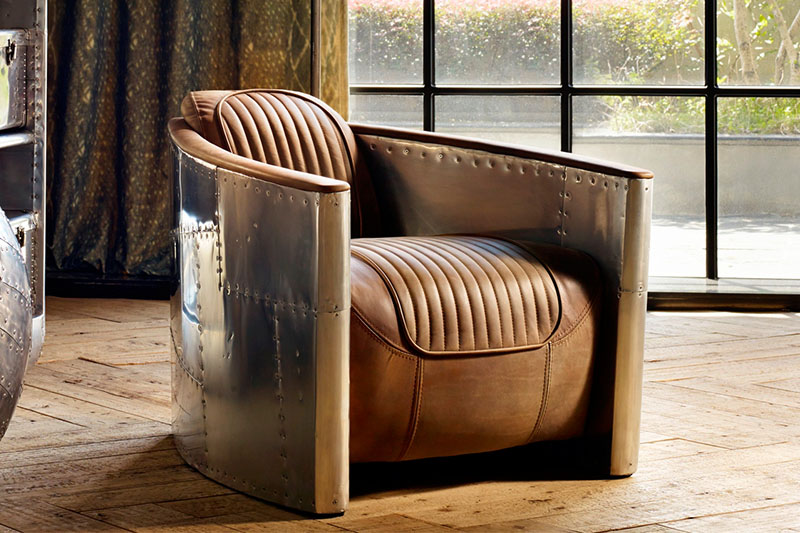 Leather chair prepared for an interview with a member of the Paraphrase Online Group